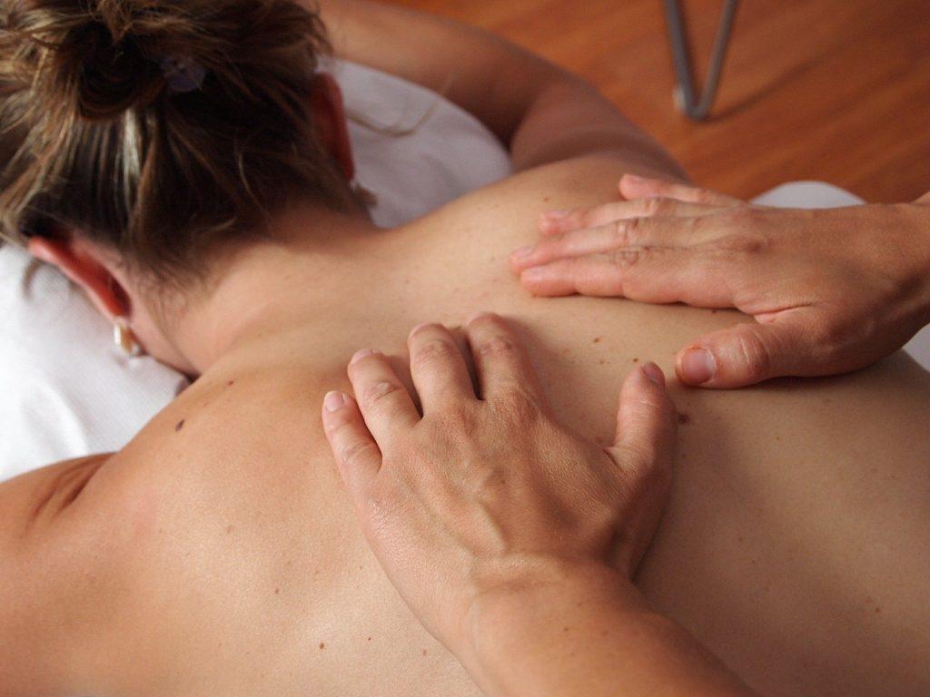 massage du monde hypothénuse